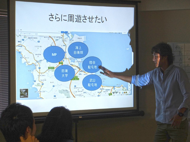 2位になったアイディア『ようこそ、制服の街、ヨコスカへ』も女性観光客をターゲットにしていました。制服にちなんだ横須賀の各施設をフィーチャーして、メディアや制服カフェを作ろうというアイディア