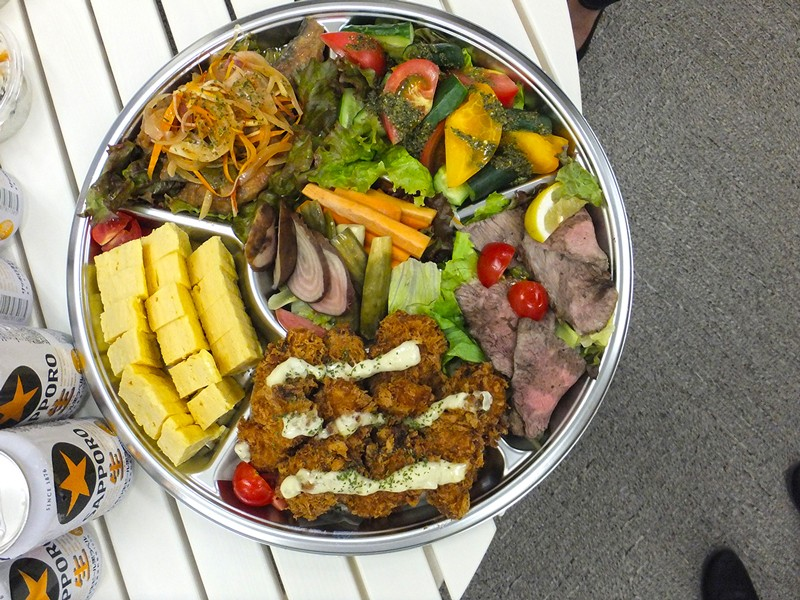 懇親会のオードブルは全ての料理が三浦半島で作られた食材がずらり